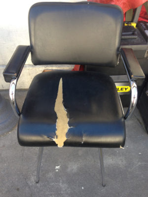 Chaise avant... ©MikaLopez